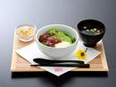 マグロとアボカド丼 ¥980